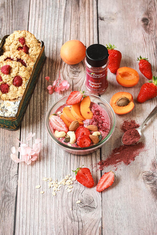 Smoothie bowl hibiscus