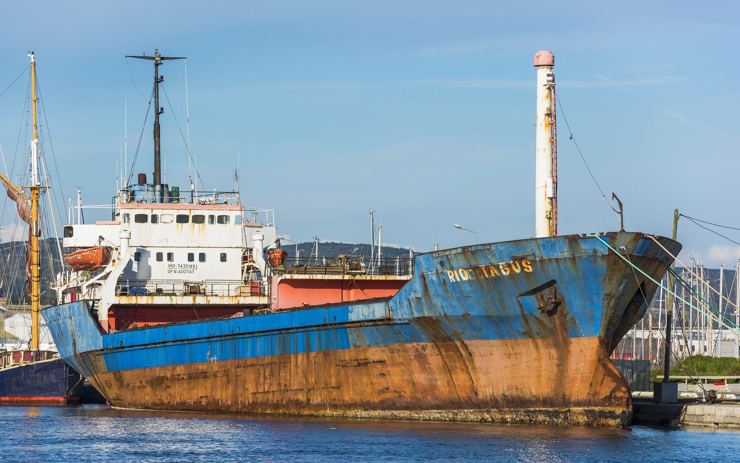 cargo rio targus au port de Sète
